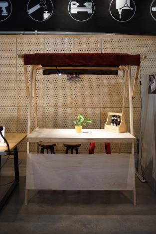 1.M.ZONE大港自造特區發揮職人工藝,全手工打造木製質感展攤